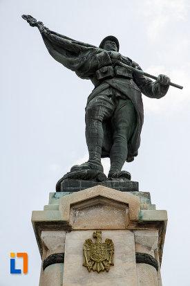 soldatul-monumentul-eroilor-din-rosiori-de-vede-judetul-teleorman.jpg