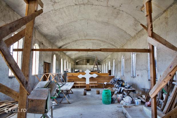 spatiu-in-lucru-manastirea-portarita-din-prilog-judetul-satu-mare.jpg