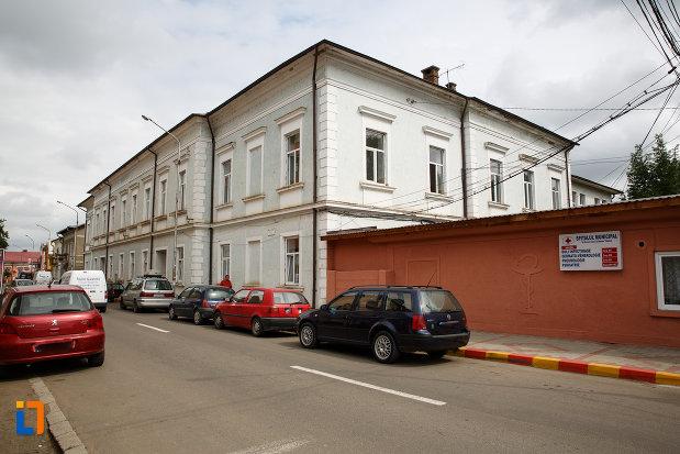 spitalul-1879-din-radauti-judetul-suceava.jpg