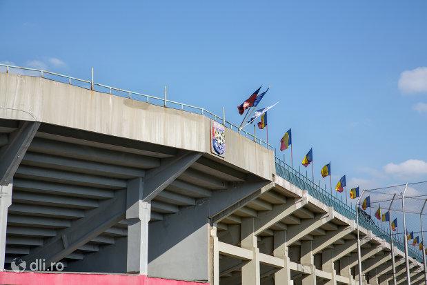 stadionul-iuliu-bodola-din-oradea-judetul-bihor-privit-din-exterior.jpg