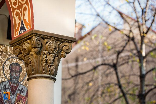 stalp-de-la-biserica-ortodoxa-sf-nicolae-din-cluj-napoca-judetul-cluj.jpg