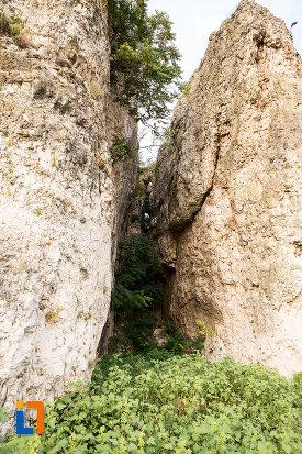 stanci-de-la-situl-arheologic-cetatea-carsium-din-harsova-judetul-constanta.jpg