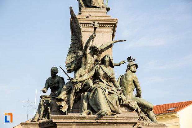 statui-de-la-baza-monumentului-libertatii-din-arad-judetul-arad.jpg
