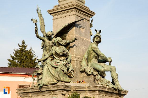 statui-de-la-monumentul-libertatii-din-arad-judetul-arad.jpg