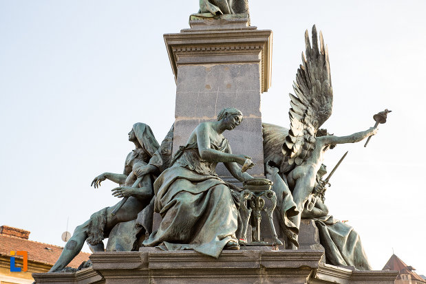 statui-din-monumentul-libertatii-din-arad-judetul-arad.jpg