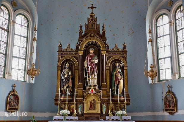 statui-sfinte-din-biserica-romano-catolica-sf-anton-din-oradea-judetul-bihor.jpg