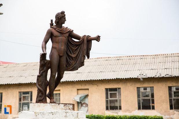 statuia-apollo-belvedere-din-giurgiu-judetul-giurgiu.jpg