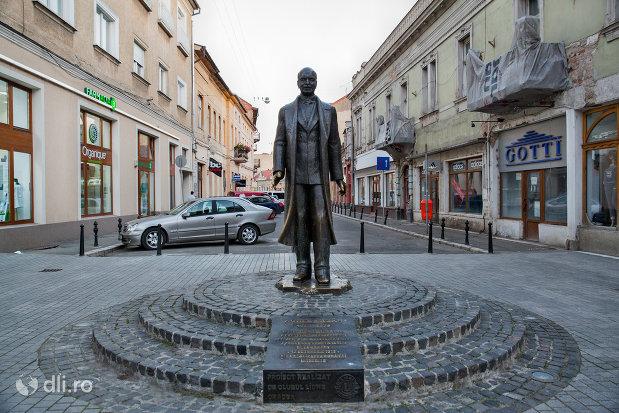 statuia-aurel-lazar-din-oradea-judetul-bihor.jpg