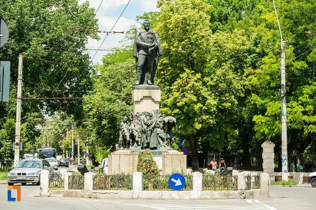 statuia-lui-al-i-cuza-din-galati-judetul-galati.jpg