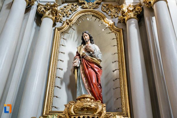 statuia-lui-iisus-hristos-biserica-franciscana-din-cluj-napoca-judetul-cluj.jpg