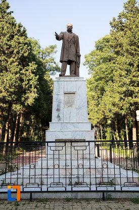 statuia-lui-ioan-movila-din-eforie-sud-judetul-constanta.jpg