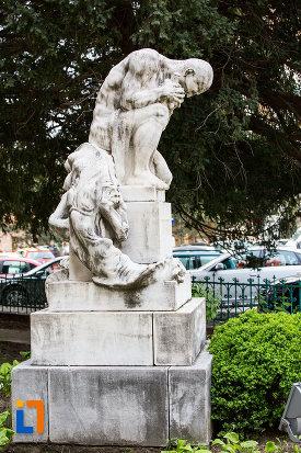 statuia-pro-patria-din-caransebes-judetul-caras-severin.jpg