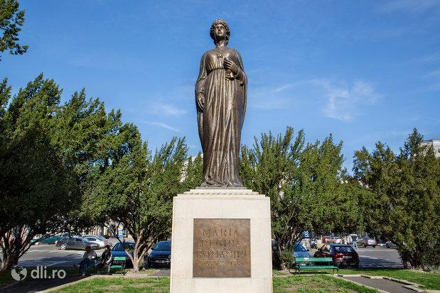 statuia-regina-maria-a-romaniei-din-oradea-judetul-bihor.jpg