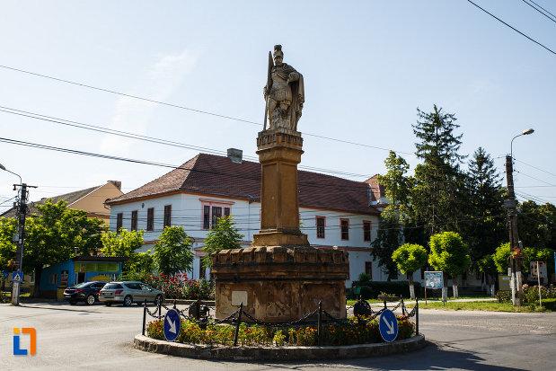 statuia-sf-florian-din-jimbolia-judetul-timis.jpg