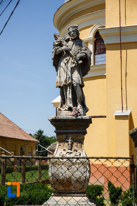 statuia-sf-ioan-nepomuc-1757-din-sannicolau-mare-judetul-timis-imagine-din-fata.jpg