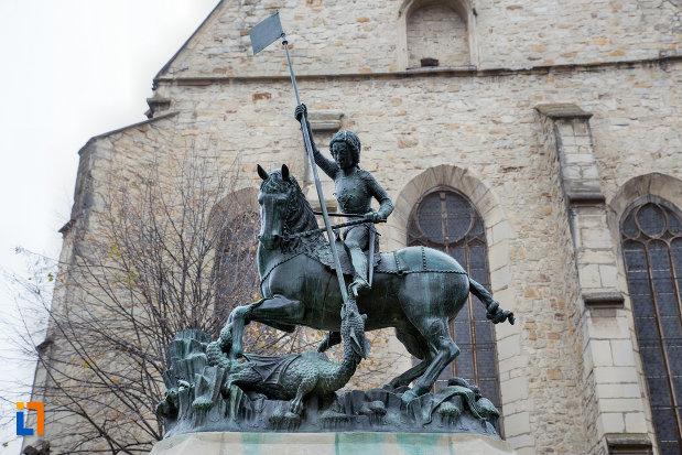 statuia-sfantul-gheorghe-din-cluj-napoca-judetul-cluj.jpg