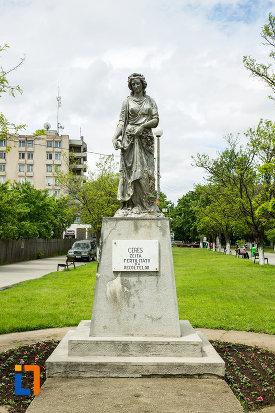 statuia-zeitei-ceres-din-caracal-judetul-olt.jpg