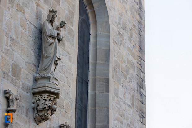 statuie-biserica-romano-catolica-calvaria-din-cluj-napoca-judetul-cluj.jpg