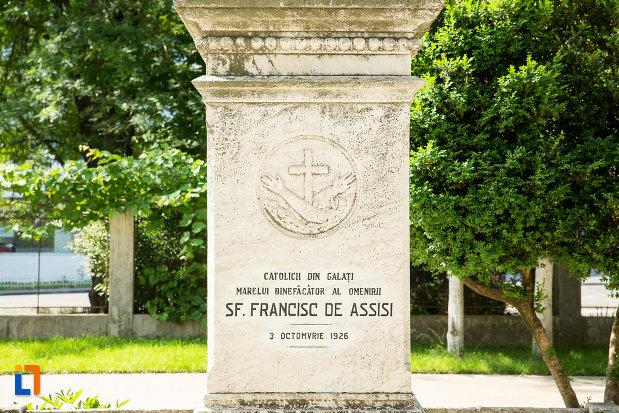 statuie-cu-sf-francisc-de-assisi-biserica-romano-catolica-din-galati-judetul-galati.jpg