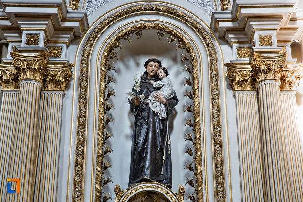 statuie-din-biserica-franciscana-din-cluj-napoca-judetul-cluj.jpg