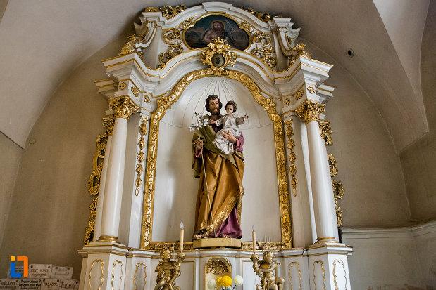 statuie-din-cadrul-bisericii-franciscane-din-cluj-napoca-judetul-cluj.jpg