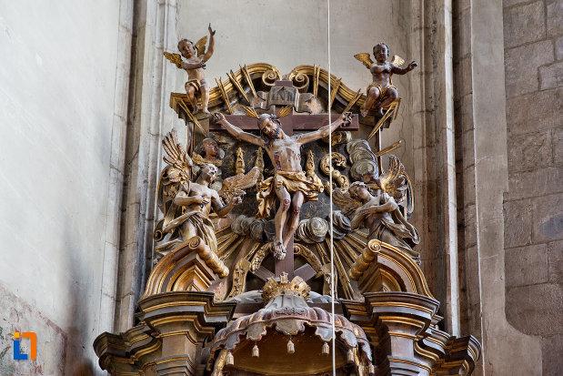 statuie-si-detalii-din-biserica-sfantul-mihail-din-cluj-napoca-judetul-cluj.jpg