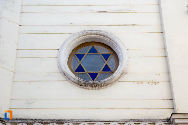 steaua-lui-david-sinagoga-neologa-din-cluj-napoca-judetul-cluj.jpg