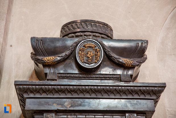 stema-din-biserica-sfantul-mihail-din-cluj-napoca-judetul-cluj.jpg