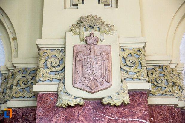 stema-si-detalii-din-sala-unirii-1-decembrie-1918-din-alba-iulia-judetul-alba.jpg