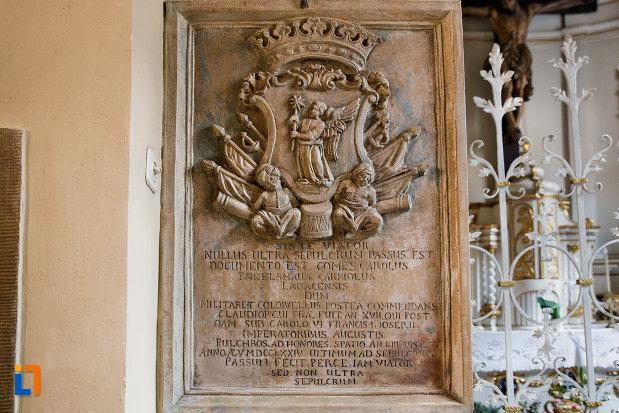 stema-si-inscriptie-din-biserica-franciscana-din-cluj-napoca-judetul-cluj.jpg