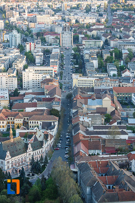 strada-centrala-din-orasul-deva-judetul-hunedoara.jpg