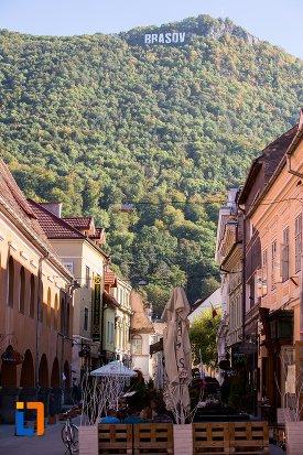 strada-din-orasul-brasov-judetul-brasov.jpg