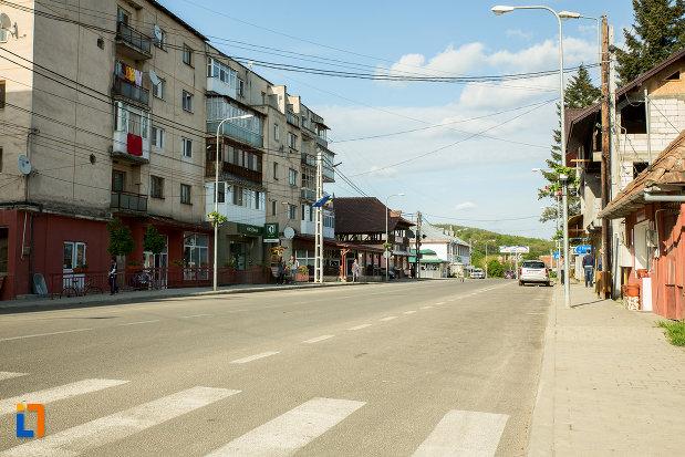 strada-din-orasul-ticleni-judetul-gorj.jpg