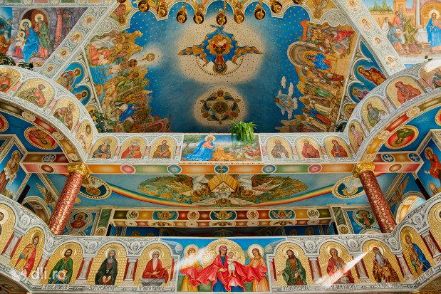 strana-din-catedrala-ortodoxa-sfanta-vineri-din-zalau-judetul-salaj.jpg