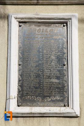 tablita-de-pe-monumentul-ultima-grenada-a-caporalului-constantin-musat-judetul-prahova.jpg