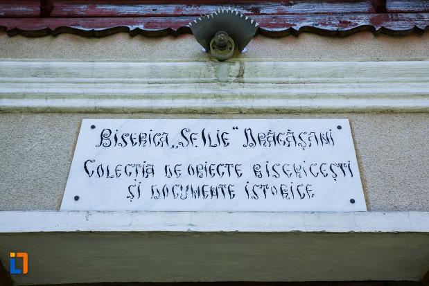 tablita-de-pe-muzeul-de-la-biserica-sf-ilie-biserica-noua-din-dragasani.jpg