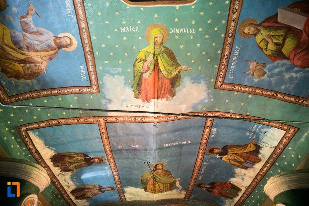 tavan-pictat-din-biserica-cuvioasa-parascheva-din-racari-judetul-dambovita.jpg