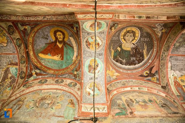 tavanul-de-la-biserica-inaltarea-in-biserica-din-suica-judetul-olt.jpg