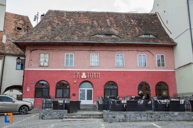 terasa-de-la-casa-avand-la-parter-restaurantul-la-turn-1652-din-sibiu-judetul-sibiu.jpg