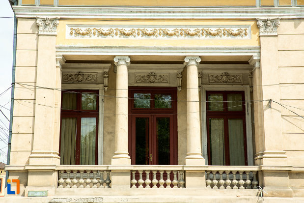terasa-de-la-casa-monument-istoric-din-drobeta-turnu-severin-judetul-mehedinti.jpg