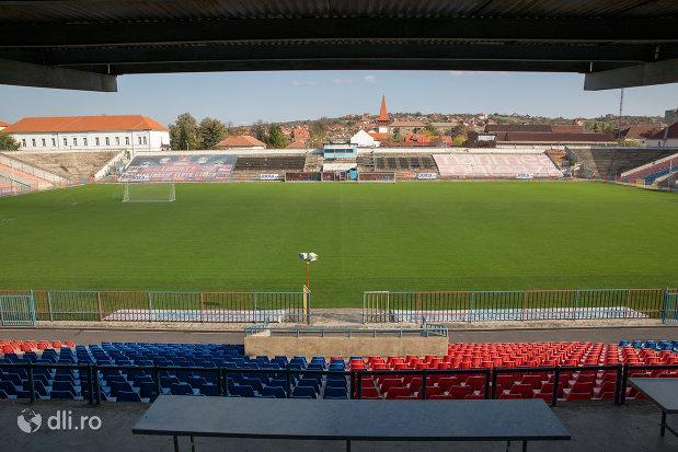terenul-de-la-stadionul-iuliu-bodola-din-oradea-judetul-bihor.jpg