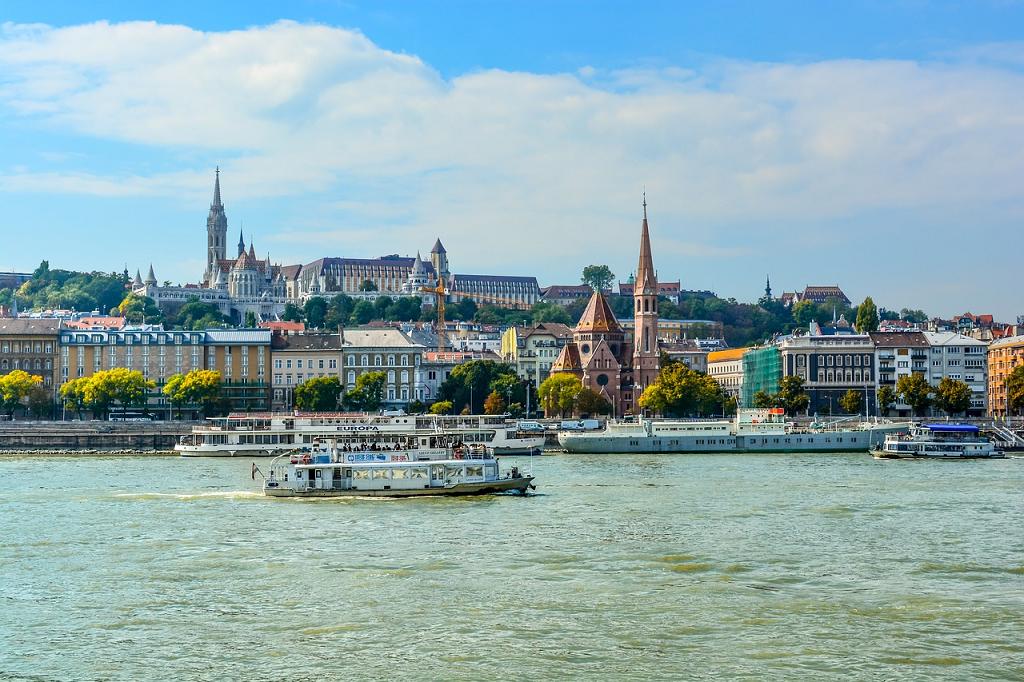 travel Budapesta