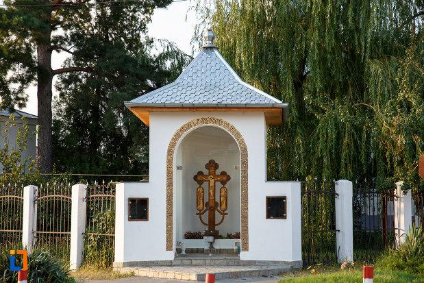 troita-de-la-biserica-sf-ioan-botezatorul-1845-din-rosiorii-de-vede-judetul-teleorman.jpg