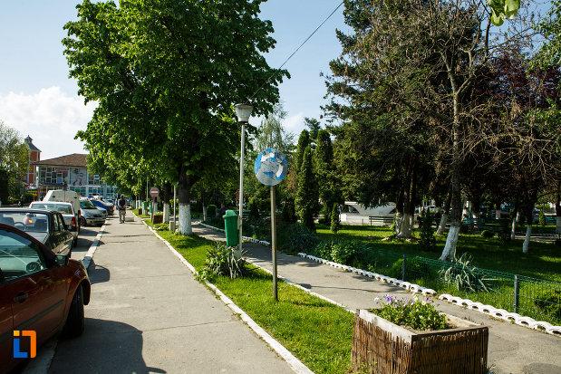 troruar-si-parc-din-orasul-dragasani-judetul-valcea.jpg