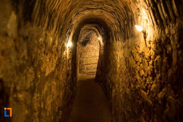 tunel-subteran-din-asezarea-romana-sucidava-din-corabia-judetul-olt.jpg