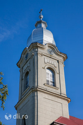 turn-biserica-romano-catolica-livada-judetul-satu-mare.jpg