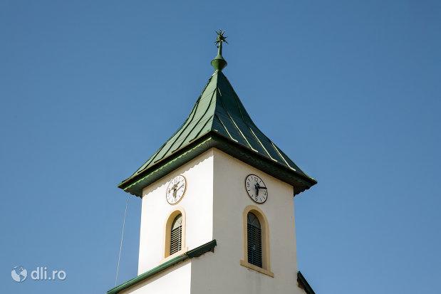 turn-cu-ceas-biserica-reformata-din-criseni-judetul-salaj.jpg