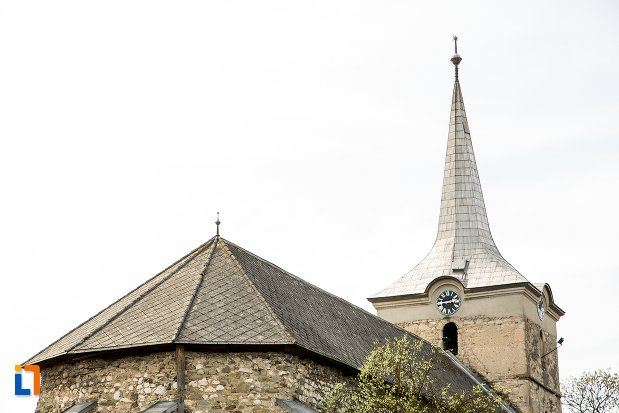 turn-cu-ceas-biserica-reformata-din-teius-judetul-alba.jpg