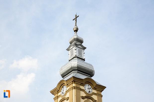 turn-cu-ceas-biserica-romano-catolica-imaculata-conceptiune-1738-din-bocsa-judetul-caras-severin.jpg