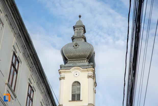 turn-cu-ceas-biserica-unitariana-din-cluj-napoca-judetul-cluj.jpg